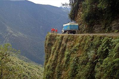 world-most-dangerous-road